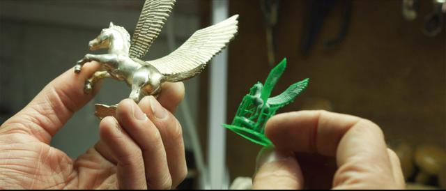 O volume de construção da FabPro 1000 foi benéfico para o trabalho escultural da Artforge Studio.